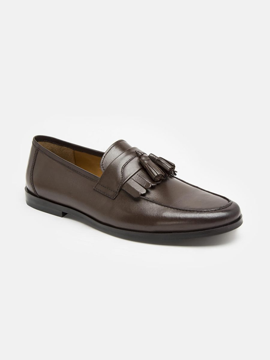 Brown Loafers with frill