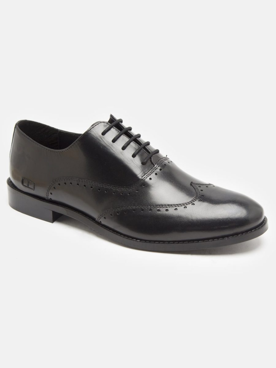 Leather black brogues shoes