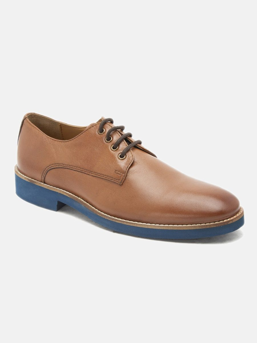 Leather tan derby