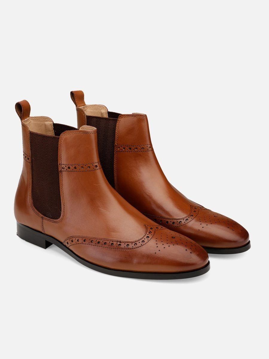 Tan Leather wingtip Chelsea boots